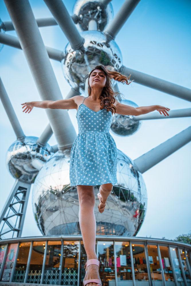 Melissa underneath the atomium during her visit atomium