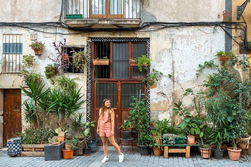 Melissa standing in front of a door in Barcelona Spain