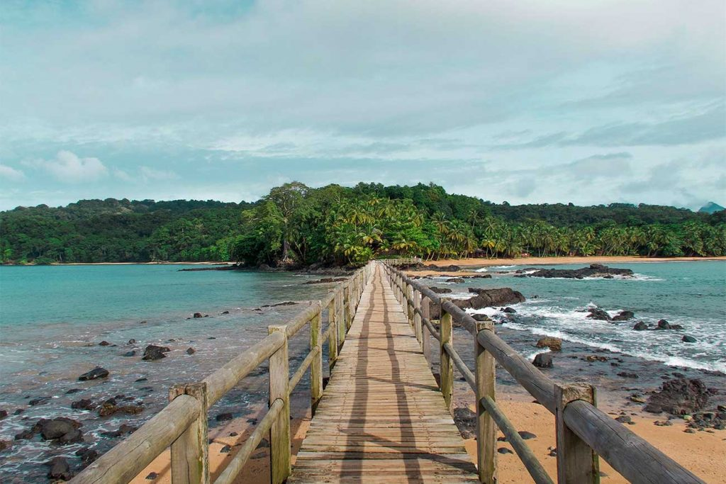 bridge that leads from sao tome to principe